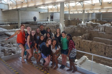 The group at Akrotiri in front of the house that is being excavated